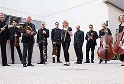 Ensemble Q and JP Jofre - Bailando en Angua