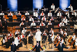 Queensland Pops Orchestra: Simply The Best